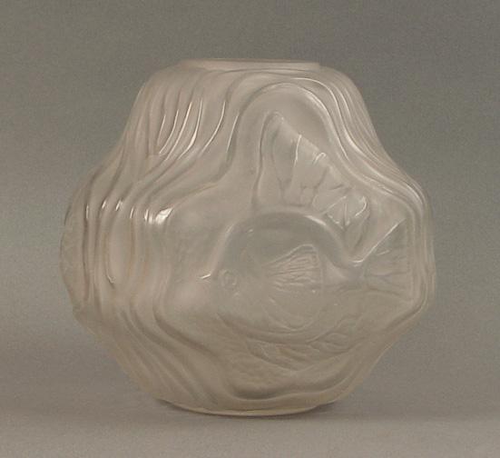French And American Art Deco Glass Vases Daum Degue Simonet Freres Hunebelle Keramis Degue